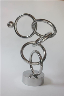 Mapagtunggali  (Competitive)