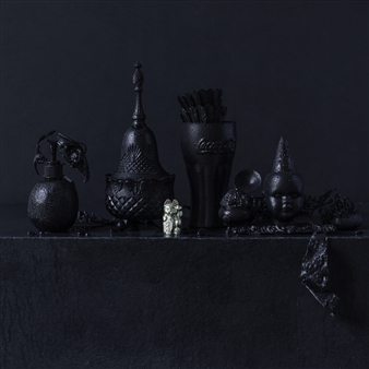 Still Life in Wet with Lucky Cat / second variation